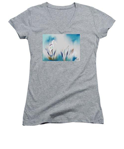 Egret Splash Women's V-Neck T-Shirt