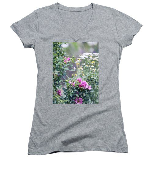 English Garden Women's V-Neck