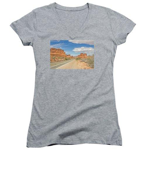 Entrada Sandstone Formations Women's V-Neck T-Shirt