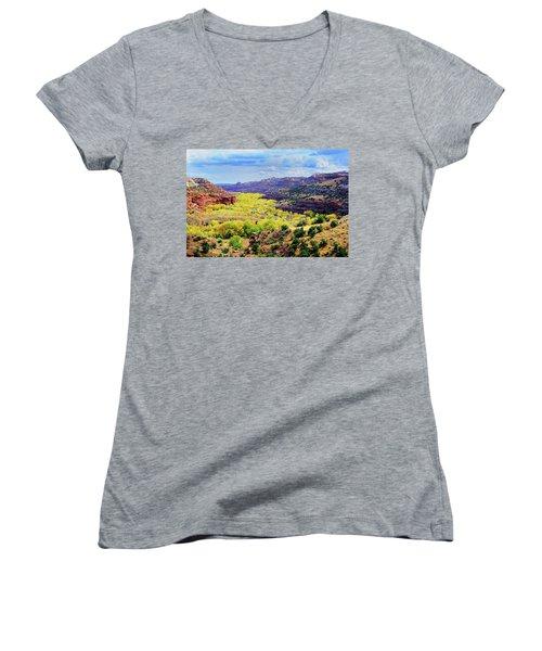 Escalante Canyon Women's V-Neck T-Shirt