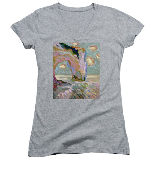 Etretat -1 Women's V-Neck T-Shirt