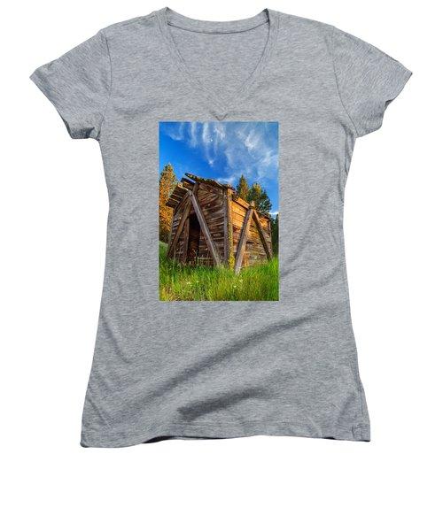 Evening Light On An Old Cabin Women's V-Neck T-Shirt (Junior Cut) by James Eddy