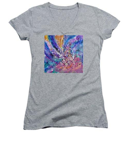 Every Single Second Women's V-Neck T-Shirt (Junior Cut) by Tracy Bonin