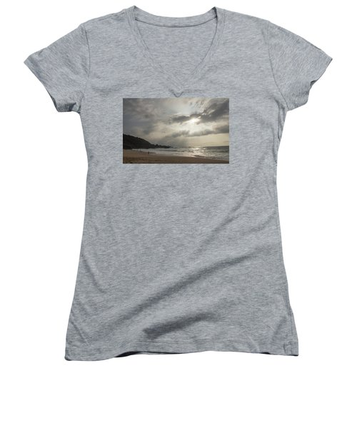 Eye To Eye Women's V-Neck T-Shirt