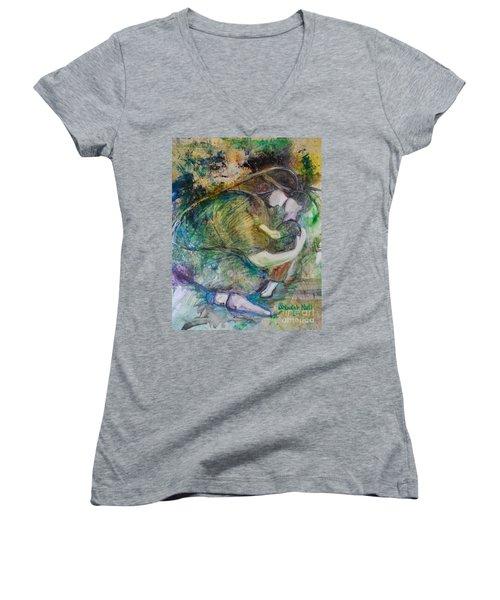 Faithful Father Women's V-Neck T-Shirt