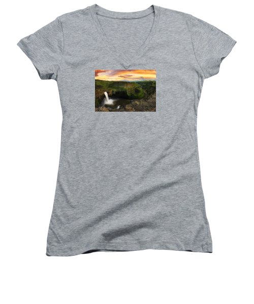 Falling Women's V-Neck T-Shirt