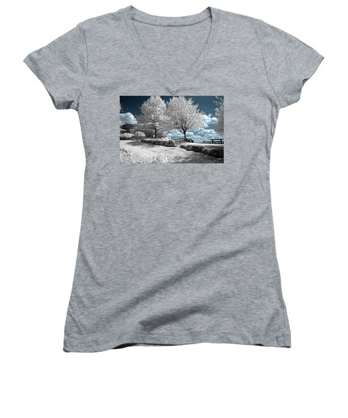 Falls Of The Ohio State Park Women's V-Neck
