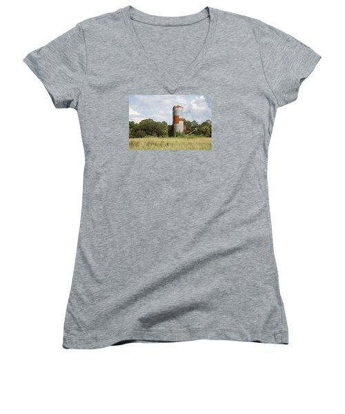Farm Life - Retired Silo Women's V-Neck T-Shirt (Junior Cut) by Christopher L Thomley