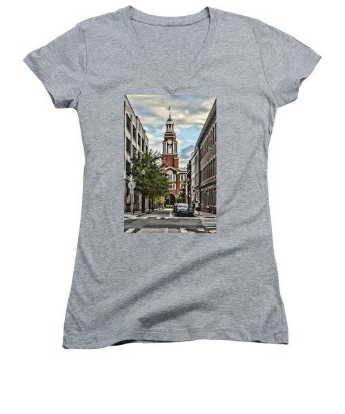 Federal Courthouse Knoxville Women's V-Neck (Athletic Fit)
