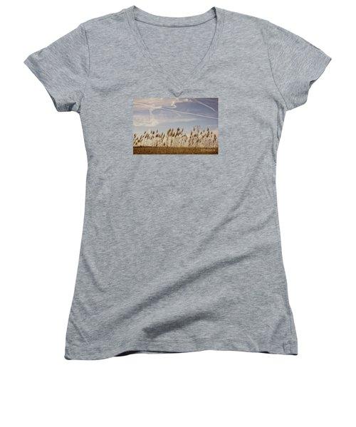 Fields O'grain Women's V-Neck T-Shirt