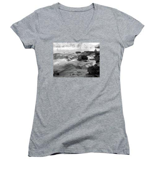 Fishermen Women's V-Neck T-Shirt (Junior Cut) by Beto Machado