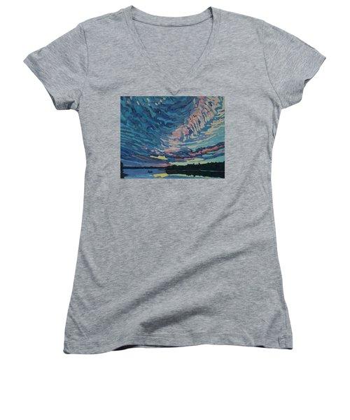 Fishing Sunset Women's V-Neck T-Shirt