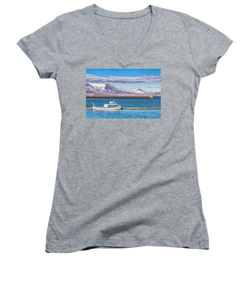 Fishing Women's V-Neck T-Shirt (Junior Cut) by Wade Courtney