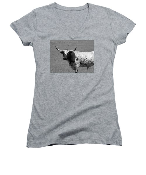 Florida Longhorn Black And White Photo Women's V-Neck T-Shirt (Junior Cut) by Warren Thompson