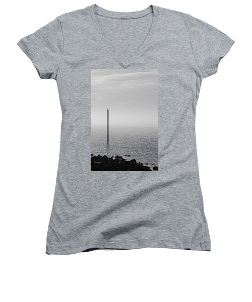 Fog On The Cape Fear River On Christmas Day 2015 Women's V-Neck