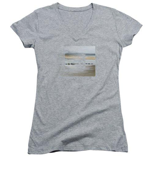 Foggy Day Women's V-Neck T-Shirt