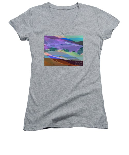 Foothills Women's V-Neck