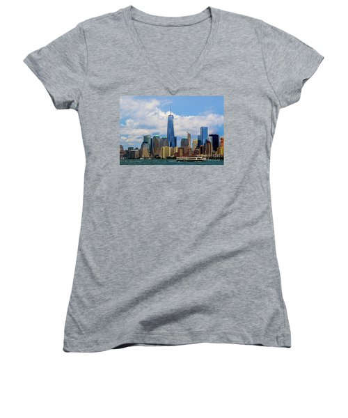 Freedom Tower Nyc Women's V-Neck (Athletic Fit)