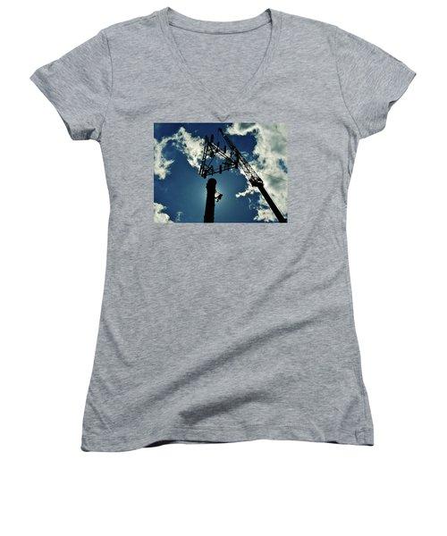 Women's V-Neck T-Shirt (Junior Cut) featuring the photograph Freeland by Robert Geary