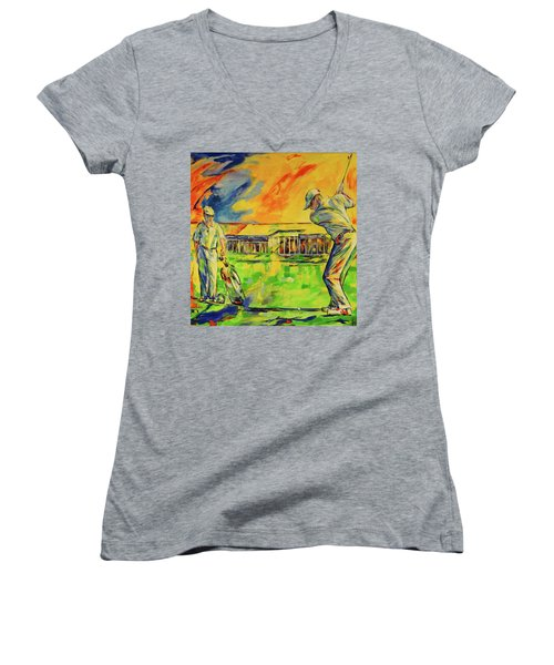 Fruehen Morgen Spiel   Early Morming Game Women's V-Neck T-Shirt