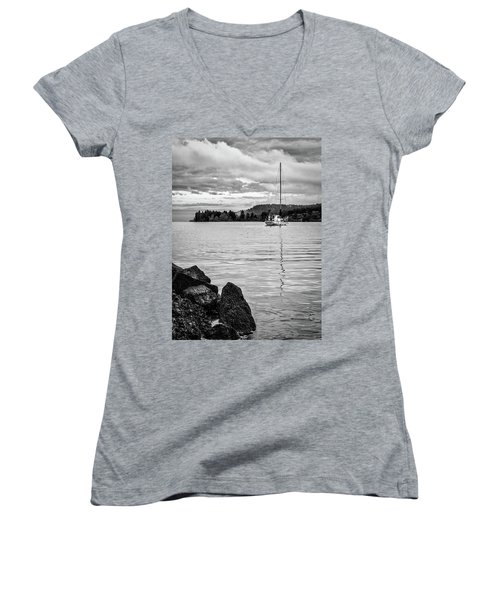 Gange Solace Women's V-Neck T-Shirt