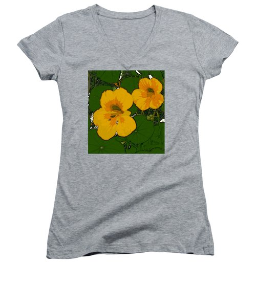 Garden Love Women's V-Neck T-Shirt