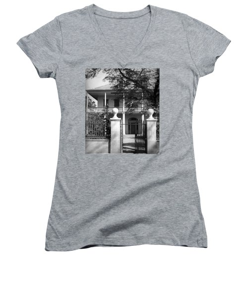 Gated Colonial Home Women's V-Neck T-Shirt