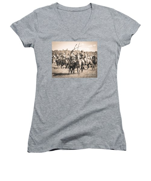 Gettysburg Cavalry Battle 7992s  Women's V-Neck T-Shirt