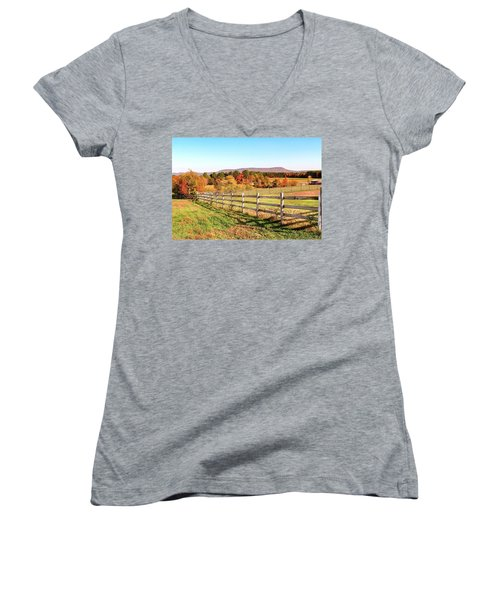 Glendale Road View In The Fall Women's V-Neck