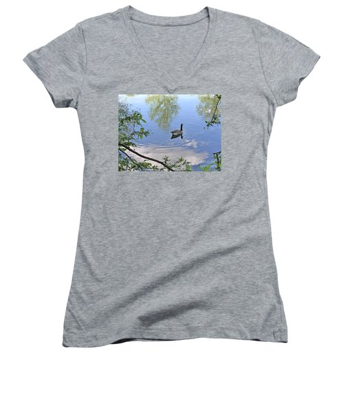 Gliding Goose Women's V-Neck T-Shirt