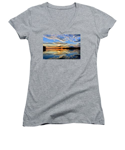 God's Glory Women's V-Neck