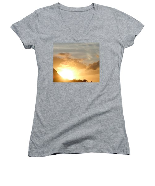 Golden Oahu Sunset Women's V-Neck T-Shirt