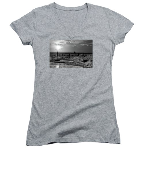 Golden Sunrise On The Outer Banks  Bw Women's V-Neck T-Shirt (Junior Cut) by Dan Carmichael