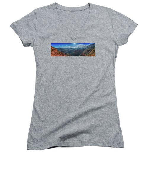 Grand Canyon 6 Women's V-Neck (Athletic Fit)