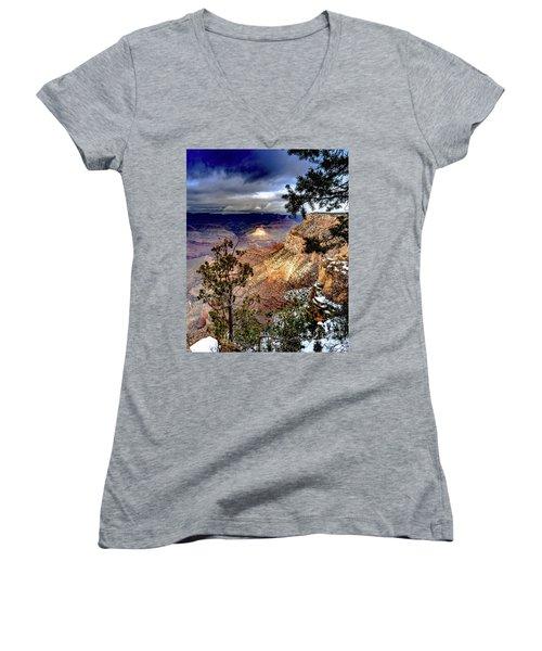 Grand Canyon In Winter Women's V-Neck T-Shirt