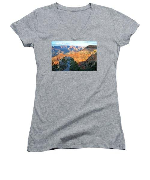 Grand Canyon South Rim At Sunset Women's V-Neck