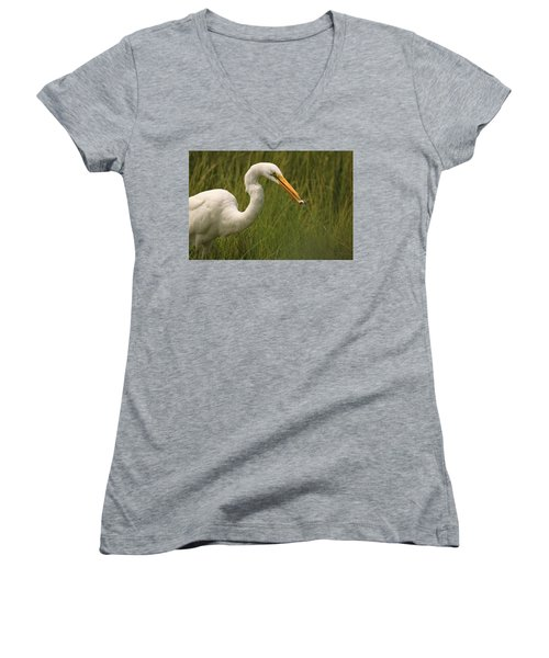 Great Egret With Lunch Women's V-Neck (Athletic Fit)