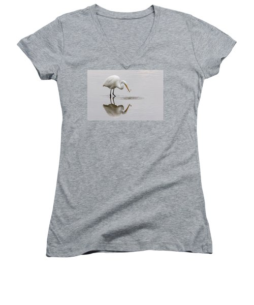 Great White Egret Women's V-Neck (Athletic Fit)