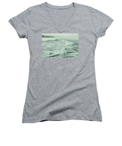 Green Waves Women's V-Neck T-Shirt