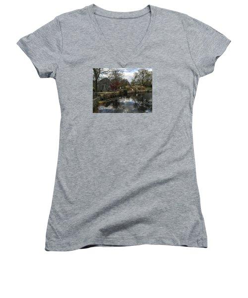 Grist Mill Sandwich Massachusetts Women's V-Neck T-Shirt