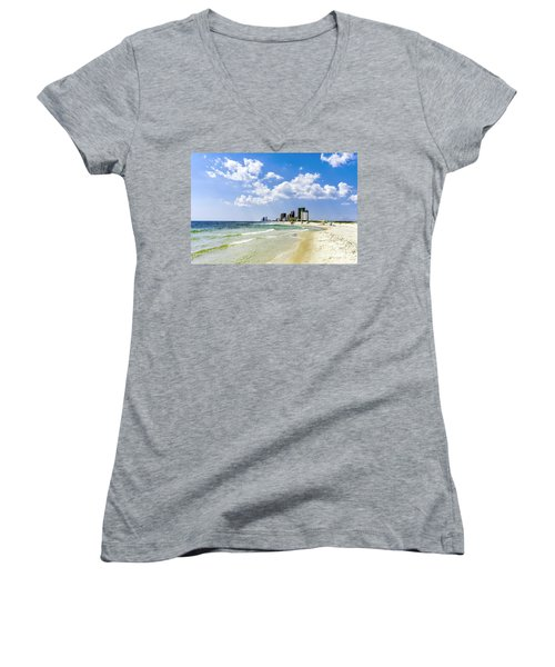 Gulf Shores Al Beach Seascape 1746a Women's V-Neck