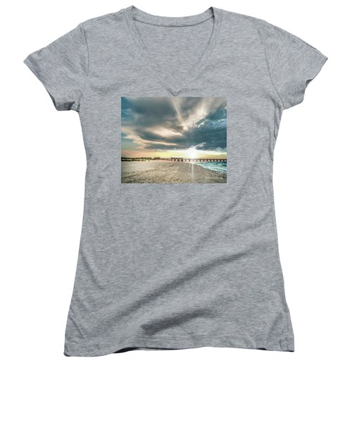 Gulf Shores Al Pier Seascape Sunrise 152c Women's V-Neck