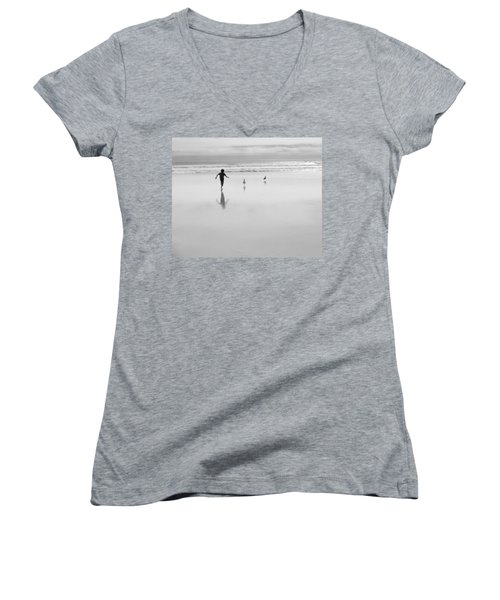 Women's V-Neck T-Shirt featuring the photograph Gull Chasing 101 by Lora Lee Chapman