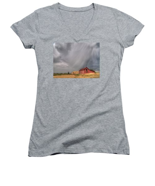 Hail Shaft And Montana Barn Women's V-Neck (Athletic Fit)