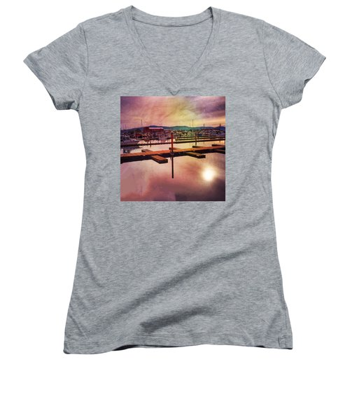 Harbor Mood Women's V-Neck