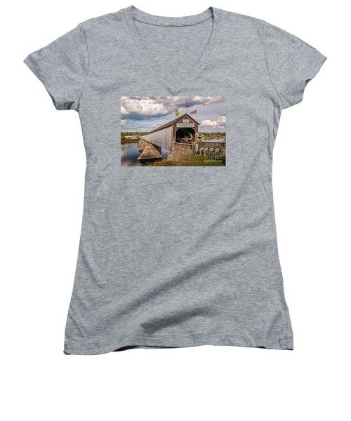 Hartland Covered Bridge Women's V-Neck T-Shirt