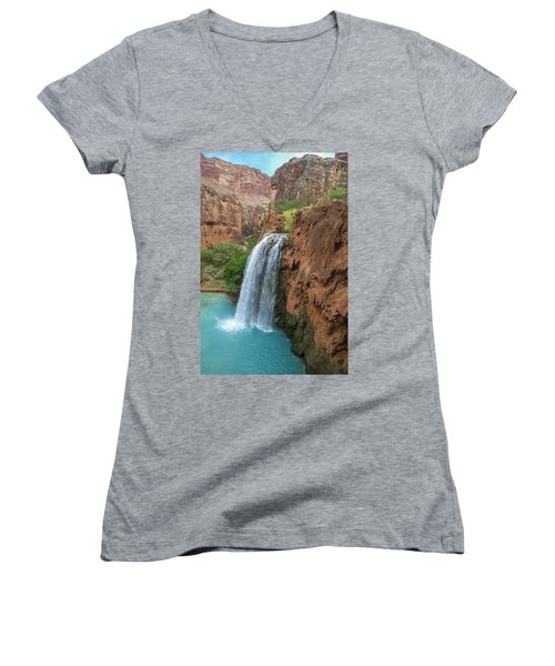 Havasu Falls Grand Canyon Women's V-Neck (Athletic Fit)