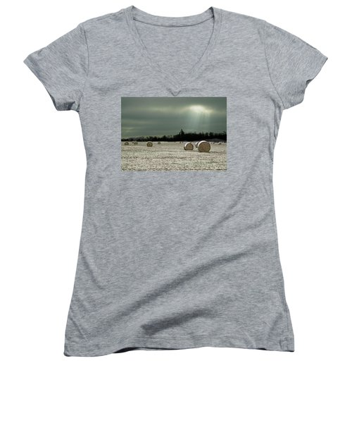 Hay Bales In The Snow Women's V-Neck T-Shirt (Junior Cut) by Judy Johnson