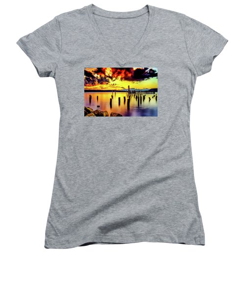 Hdr Vibrant Titlow Beach Sunset Women's V-Neck