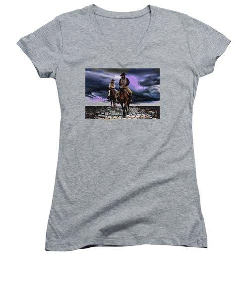 Headed Home Women's V-Neck T-Shirt